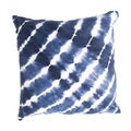 Handmade Blue and White Tie-Dye Cotton 18x18-inch Throw Pillow