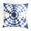 Handmade Blue and White Tie-Dye Cotton 22x22-inch Throw Pillow