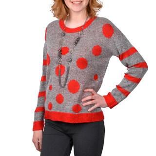 Journee Collection Junior's Two-tone Scoop Neck Sweater
