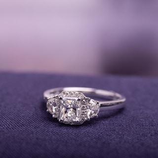 14k White Gold 1ct TDW Diamond Three Stone Ring (G-H, I1-I2)