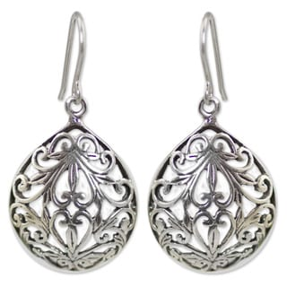 Handcrafted Sterling Silver 'Nature's Inspiration' Earrings (Thailand)