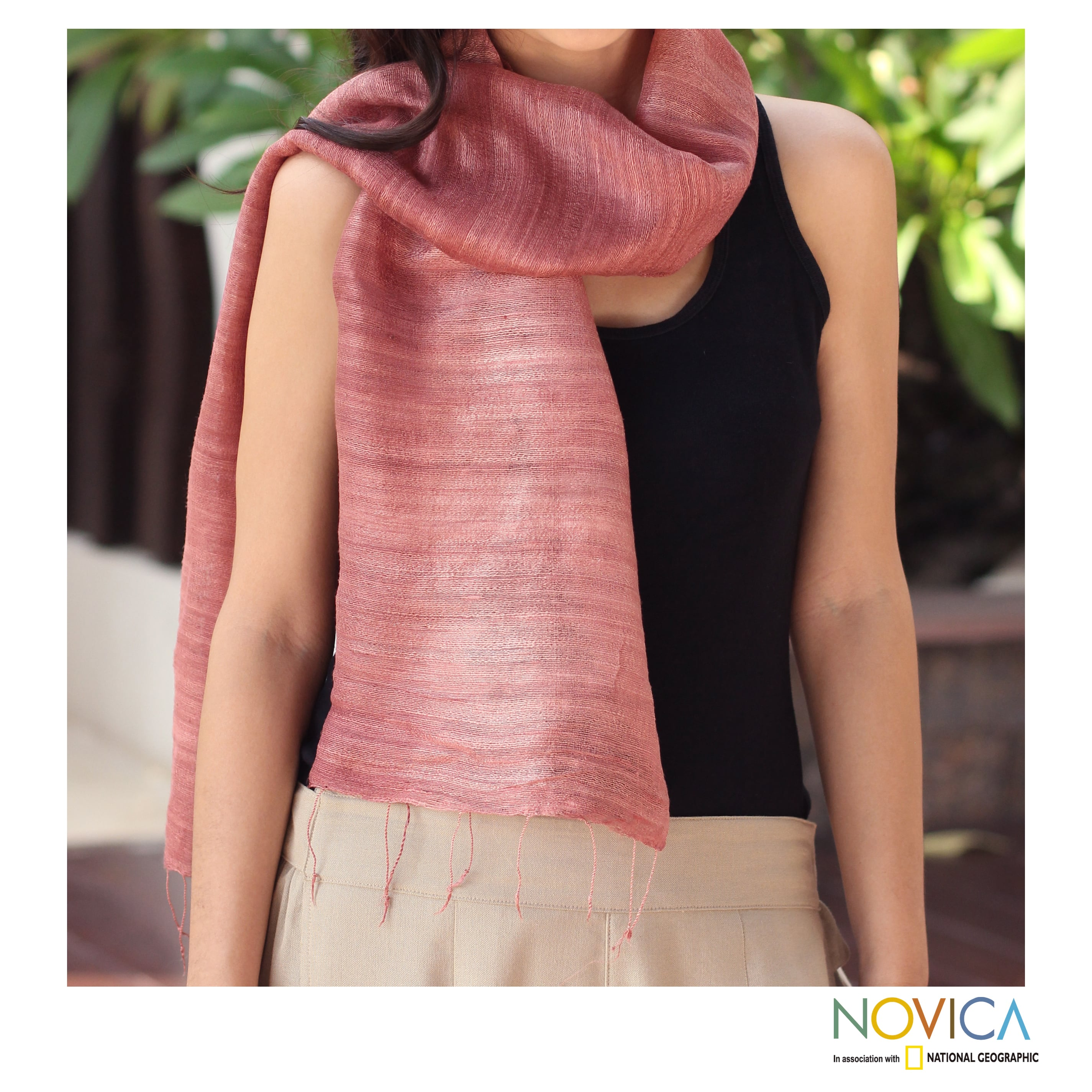 Handcrafted Silk 'Bold Rose' Scarf (Thailand)