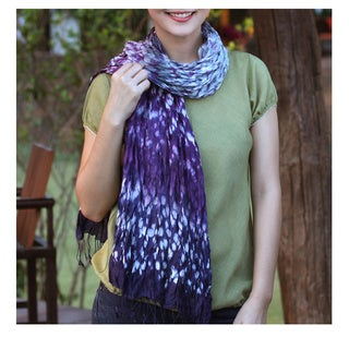 Handcrafted Rayon Silk Blend 'Fabulous Lily' Tie-dyed Scarf (Thailand)