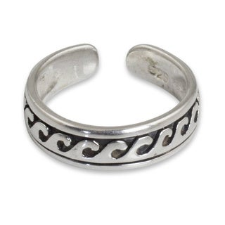 Handcrafted Sterling Silver 'Beach Beauty' Toe Ring (Thailand)