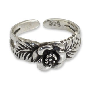Sterling Silver 'Chiang Mai Rose' Toe Ring (Thailand)