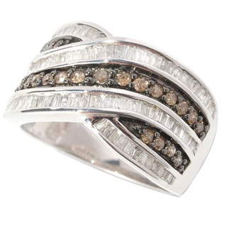 Sterling Silver 1ct TDW Round-cut Champagne and Baguette-cut White Diamond Ring (H-I, I2-I3)