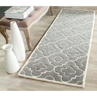 Safavieh Handmade Moroccan Chatham Contemporary Dark Gray/ Ivory Wool Rug (2'3'' x 7')