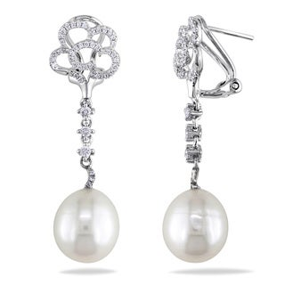 Miadora 14k White Gold Pearl and 2/5ct TDW Diamond Earrings (G-H, SI1-SI2)