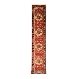 Indo Hand-knotted Heriz Red/ Black Wool Rug (2'6 x 20')