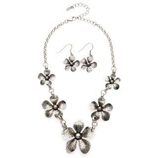 'Take Me to the Islands' Flower Jewelry Set