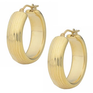 Oro Forte 14 Karat Yellow Gold 1-inch Diamond-cut and Textured Round Hoop Earrings