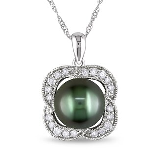Miadora 10k White Gold Tahitian Pearl and 1/4ct TDW Diamond Flower Necklace (H-I, I2-I3)