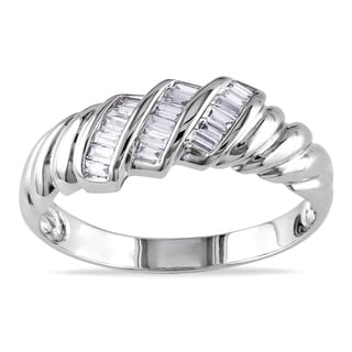 Miadora 14k White Gold 1/6ct TDW Baguette Cut Diamond Ring (G-H, I1-I2)