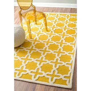 nuLOOM Handmade Marrakesh Trellis Yellow Wool Rug (7'6 x 9'6)