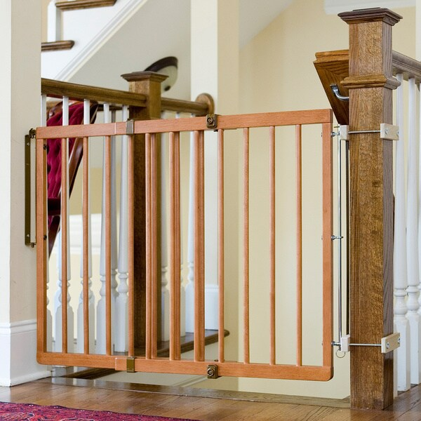 Cardinal Gates Wood Child Safety Gate