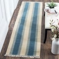 Safavieh Hand-woven Navajo Kilim Blue/ Ivory Wool Rug (2'3 x 8')