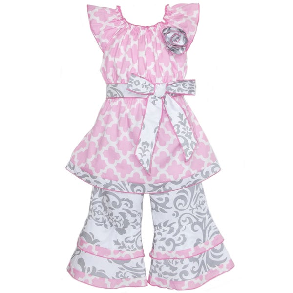 AnnLoren Girl's Pink & Grey Lattice Damask Shirt & Capri Set