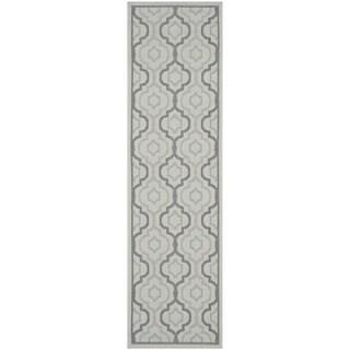 Safavieh Indoor/ Outdoor Courtyard Light Grey/ Anthracite Rug (2'3 x 10')