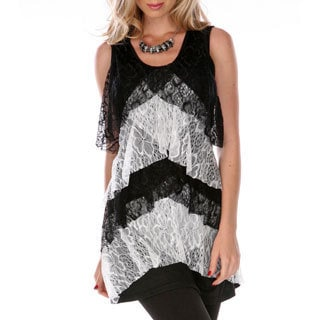 Women's Black and White Tiered Lace Sleeveless Top