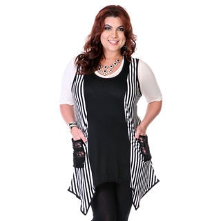 Women's Plus Size Black and White Striped Splice Top