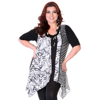Women's Plus Size Black and White Mixed Panel Spliced Top