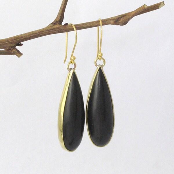 Goldtone Ebony Dew Drop Dangle Earrings (Indonesia)