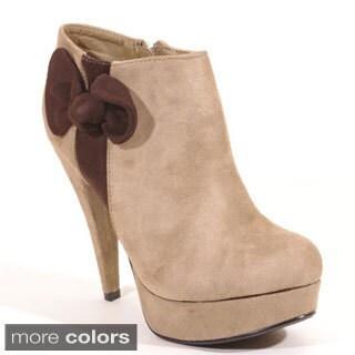 Radian Footwear Women's 'Nogetty' Suede Almond Pump Shoes