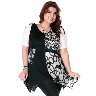 Women's Plus Size Black and White Spliced Patchwork Top