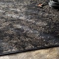 nuLOOM Indoor/ Outdoor Traditional Vintage Black Rug (7'10 x 10'10)