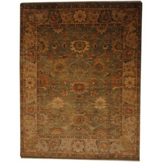 Indo Hand-knotted Vegetable Dye Green/ Ivory Wool Rug (7'10 x 10')