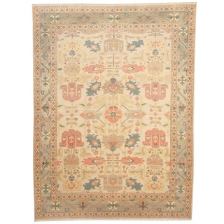 Afghan Hand-knotted Vegetable Dye Ivory/ Grey Wool Rug (8'1 x 11')