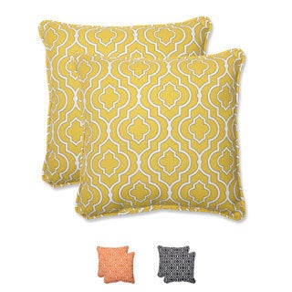 Pillow Perfect 'Starlet' 18.5-inch Outdoor Throw Pillow (Set of 2)