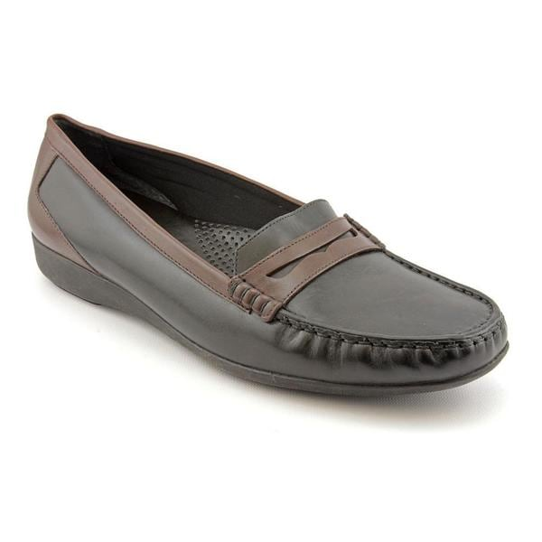 Auditions Women's 'Traveler' Leather Casual Shoes - Narrow