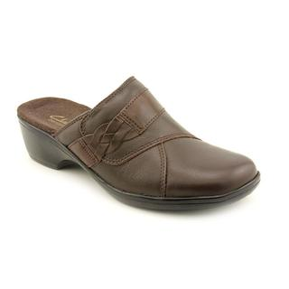 Clarks Women's 'May Rosebud' Leather Casual Shoes