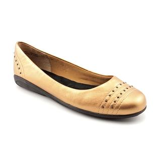 Walking Cradles Women's 'Fallon' Leather Casual Shoes - Extra Wide