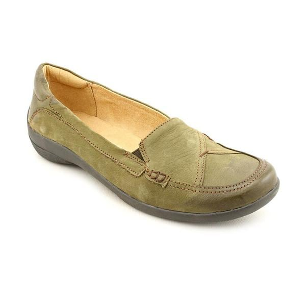 Naturalizer Women's 'Fiorenza' Nubuck Casual Shoes - Extra Wide