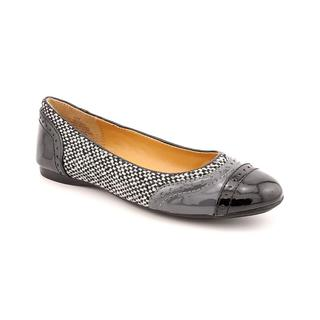 Bandolino Women's 'Tapioca' Patent Leather Dress Shoes (Size 5.5 )