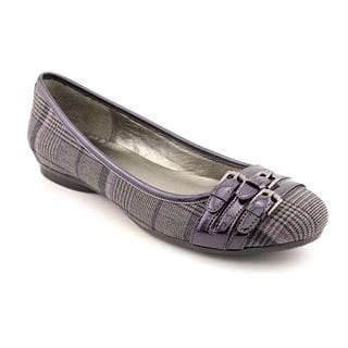 Bandolino Women's 'Get the Look' Basic Textile Casual Shoes - Wide