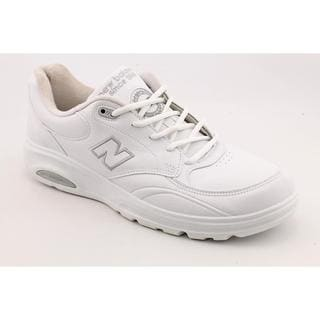 New Balance Men's 'W812' Leather Athletic Shoe - Wide (Size 7 )