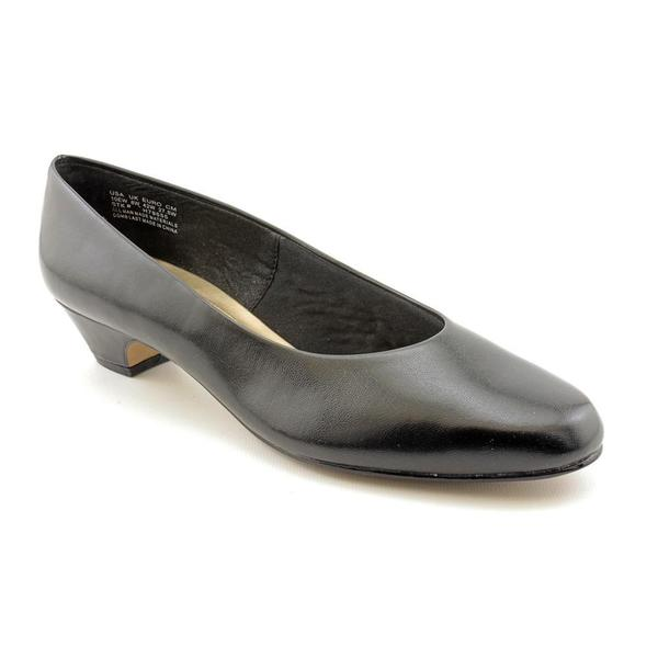 Soft Style by Hush Puppies Women's 'Angel II' Man-Made Dress Shoes - Extra Wide (Size 7.5 )