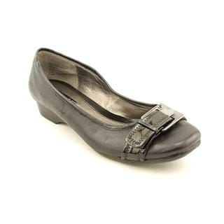 Bandolino Women's 'Holden' Leather Dress Shoes