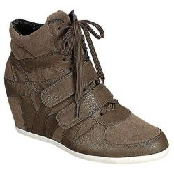 Women's Reneeze Beata-05 Khaki
