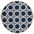 Safavieh Handmade Moroccan Cambridge Light Blue/ Ivory Wool Rug (4' Round)