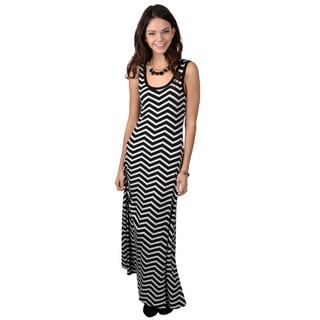 Calvin Klein Women's Black/ White Sleeveless Chevron Print Maxi Dress