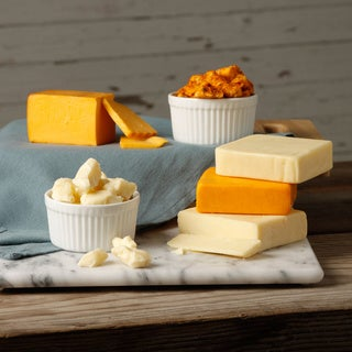 Cheddar Cheese Snack Assortment