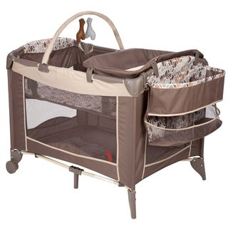 Safety 1st Sweet Wonder Playard in Cubes