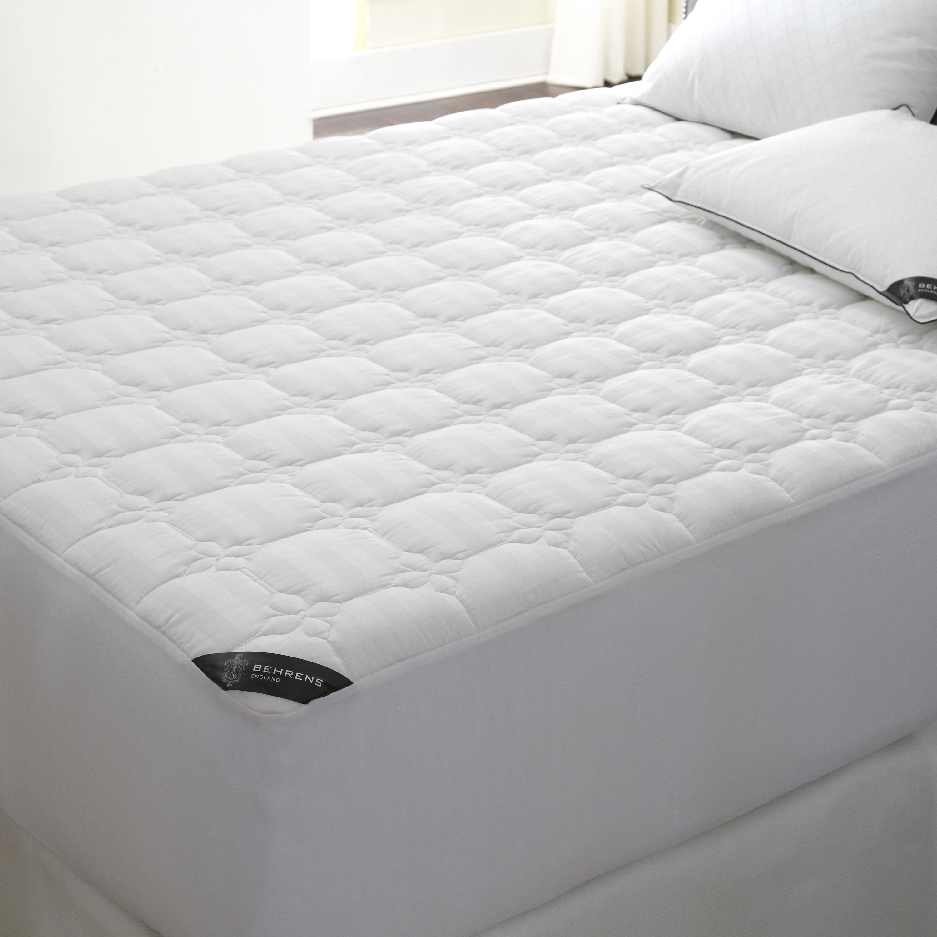 Waterproof Mattress Pad 500 Thread Count Full Protection