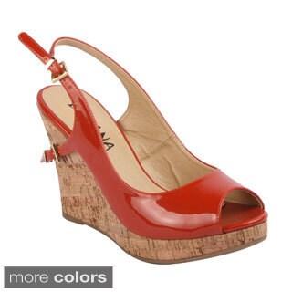 Diviana Women's 'Kealie-13' Peep-toe Slingback Wedges