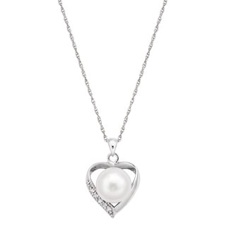 Pearlyta Sterling Silver Freshwater Pearl and CZ Heart Charm Necklace (10-11mm)