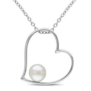 Miadora Sterling Silver Freshwater White Pearl Heart Necklace (6-6.5 mm)